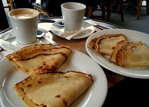 Classic Parisian Food: Crepes