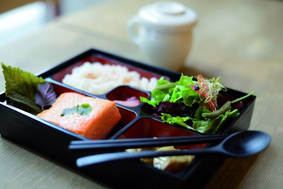 Healthy Korean Paris Food Tokki