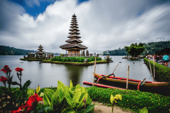 Historical things to do in Bali: Tour Ancient Temples