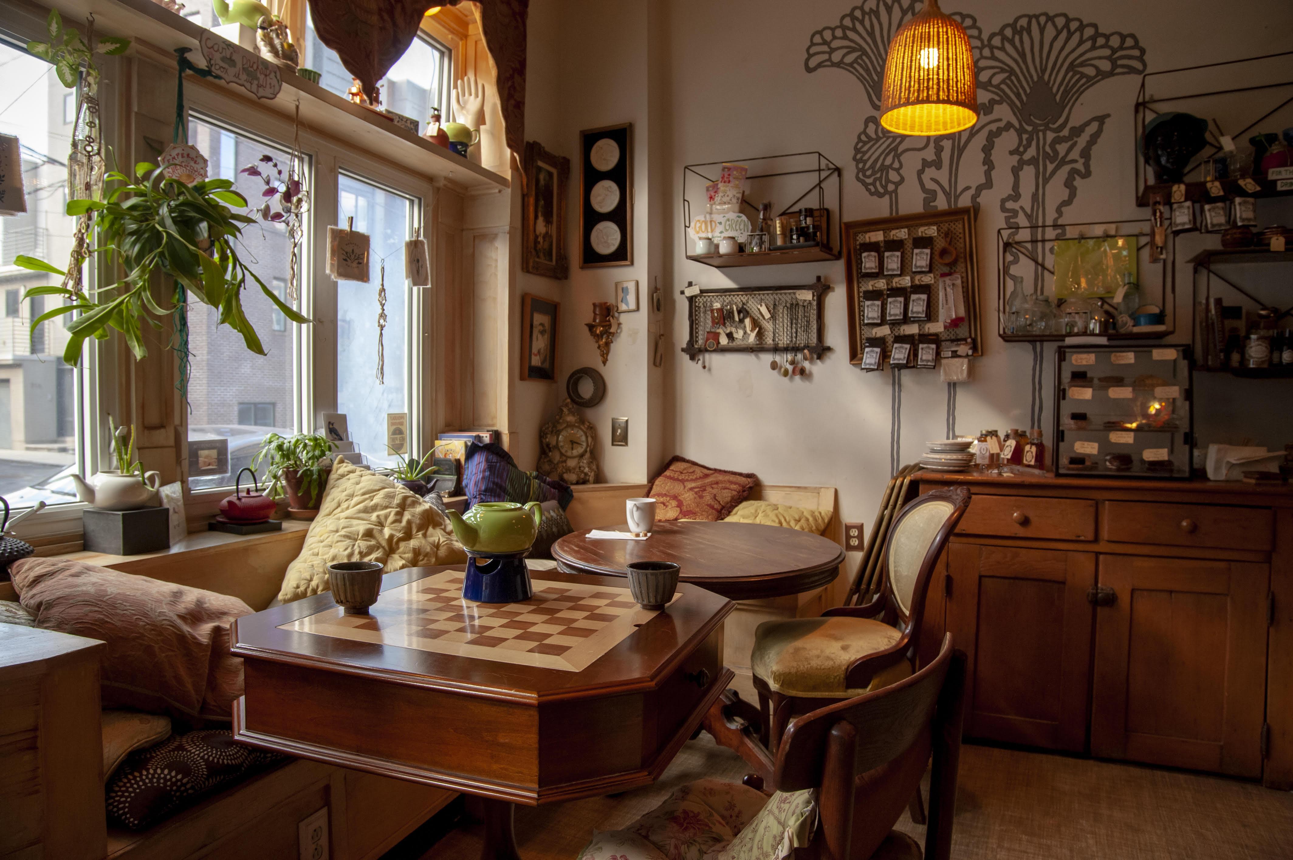 Random Tea Room 1