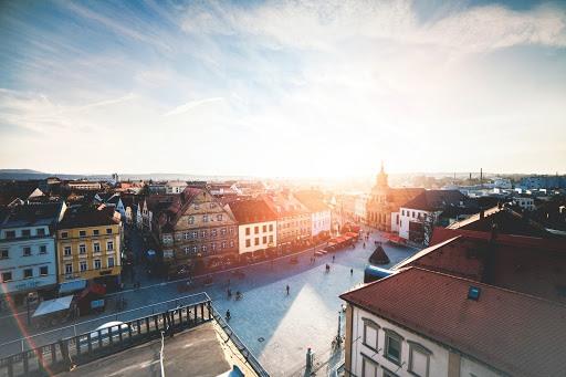 top work abroad destinations 4